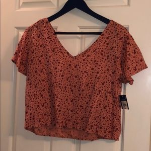 NWOT Arizona Cropped floral top